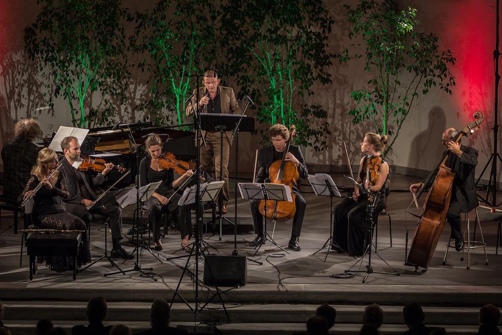 Zusammen mit Dominique Horwitz, dem Amaryllis Quartett, Wlodzimierz Gula und Stefan Malzes begeisterte das neue Programm von Anette Maiburg das Publikum.